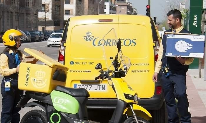 700x420_Correos-furgoneta-moto.jpg